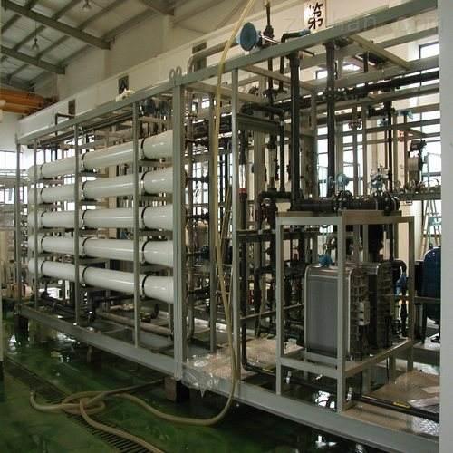 桶装水生产:4T一级RO直饮水